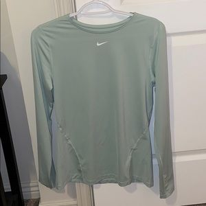 Women's Nike Mesh Long Sleeve